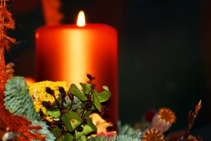 Advent candle and wreath